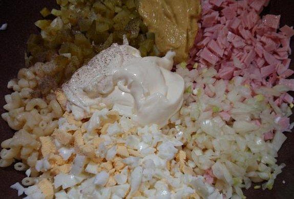 Jednoduchý těstovinový salát / příloha
