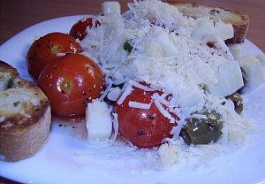 Cherry rajčata s olivami