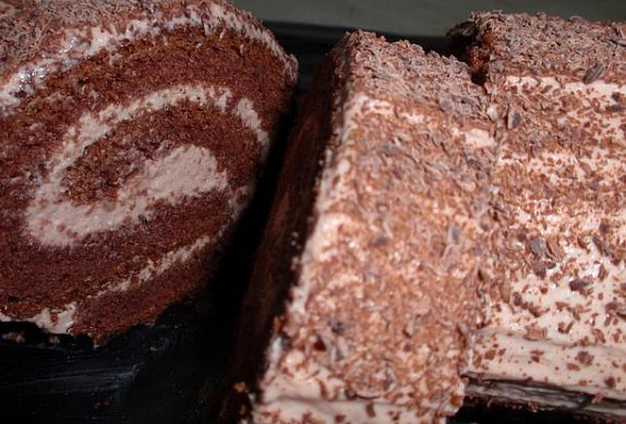 Kakaová roláda s čokoládovým krémem