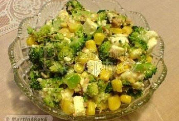 Brokolicový salát s tuňákem