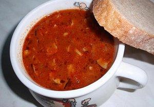 Anglická gulášová polévka