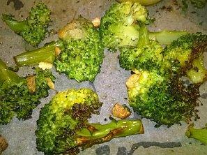 Brokolice pečená s česnekem a citronem