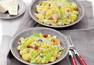 Těstoviny s kuřecím masem a hruškou