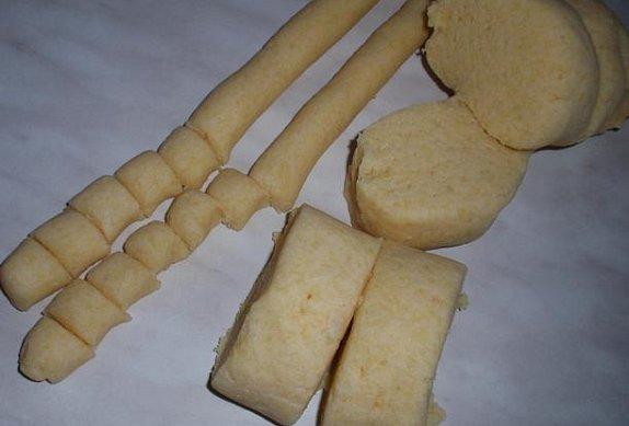Bramborové noky s dušeným kysaným zelím a pečenou krkovicí