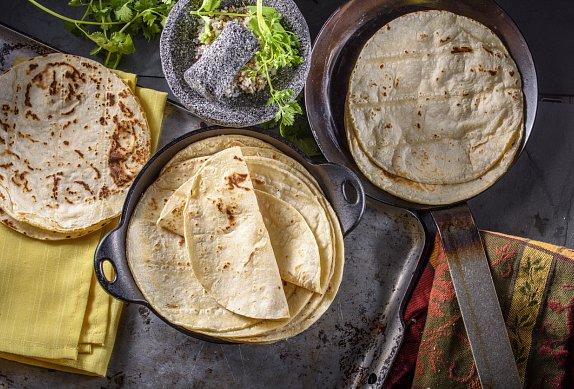 Wrap s pečenými batáty, čočkou a kozím sýrem