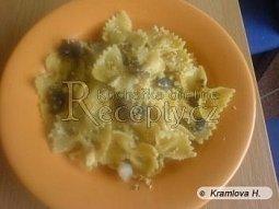 Houbové těstoviny s křenovou omáčkou