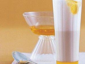 Medové mléko s kardamomem
