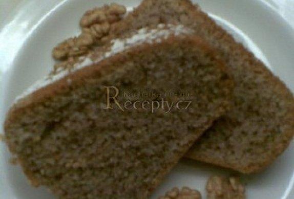 Majolková bábovka - ořechová