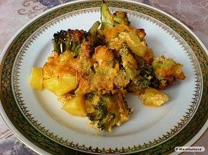 Brokolicový nákyp se smetanovo-sýrovou omáčkou