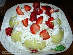 Tvarohovo jahodové knedlíky