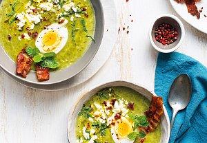 Cuketová polévka s pórkem a špenátem