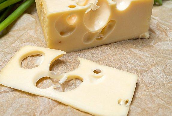 Kuřecí řízky s uzeným sýrem a sušenou šunkou