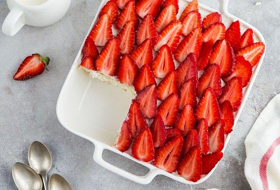 Jahodový koláč s krémem