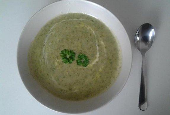 Polévka z medvědího česneku photo-0