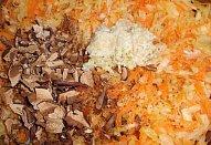 Bramboračka s česnekovými výhonky / fazolkami