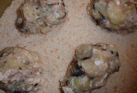 Houbové karbanátky s pečeným masem