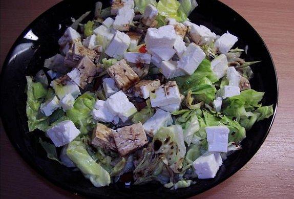 Salát se sýrem feta
