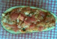 Lilek s rajčaty a sýrem