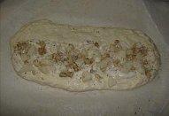 Slaný hruškový závin s gorgonzolou a ořechy