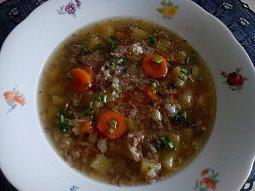 Česneková polévka (česnečka) s pohankou