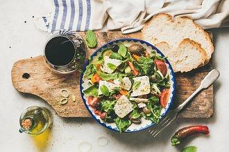 Recept na zeleninový salát – postup přípravy, suroviny a více variant receptu