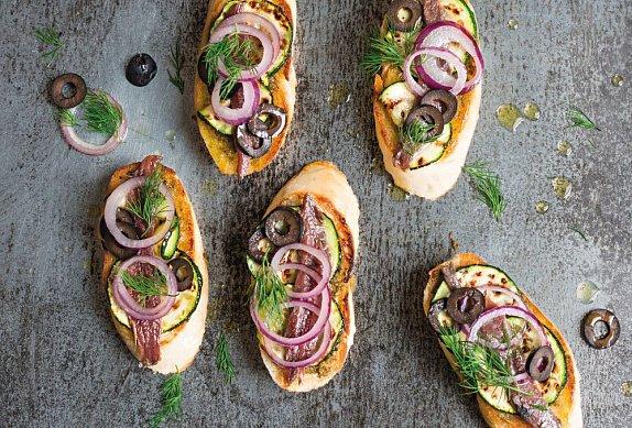 Chlebíčky s ančovičkami