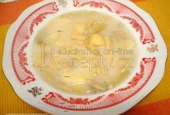 Fazolková polévka na kyselo