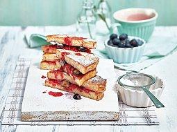 Toasty s červeným ovocem