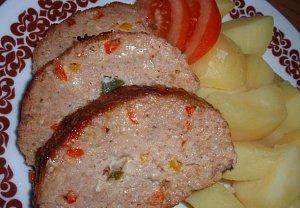 Barevná masovo-sýrová sekaná (karbanátky)