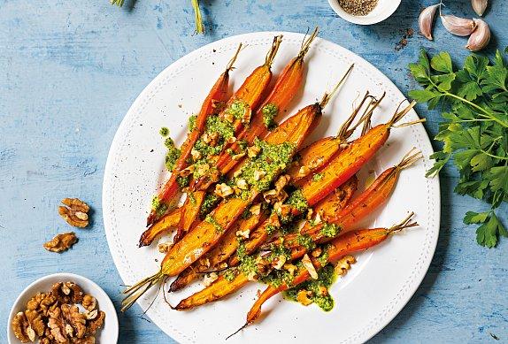 Pečená mrkev s petrželkovým pestem