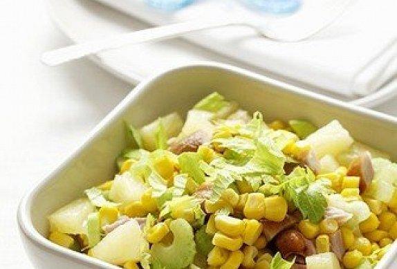 Celerový salát s ananasem photo-0