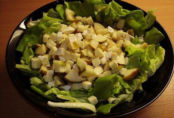 Hermelínovo-hruškový salát