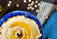 Hummus s grilovanými tortillami