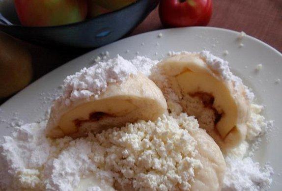 Jablečné / Hruškové kynuté knedlíky