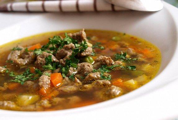 Hovězí vývar / hovězí polévka