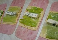Pečené nebo smažené (nejen) pórkové rolky / závitky