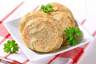 Recept na houskový knedlík – postup přípravy, suroviny a více variant receptu