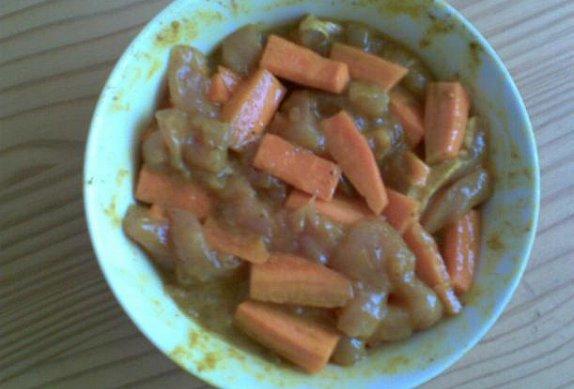 Masovo-mrkvové nudličky