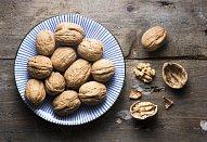 Pusinkovo-ořechový dort se švestkami