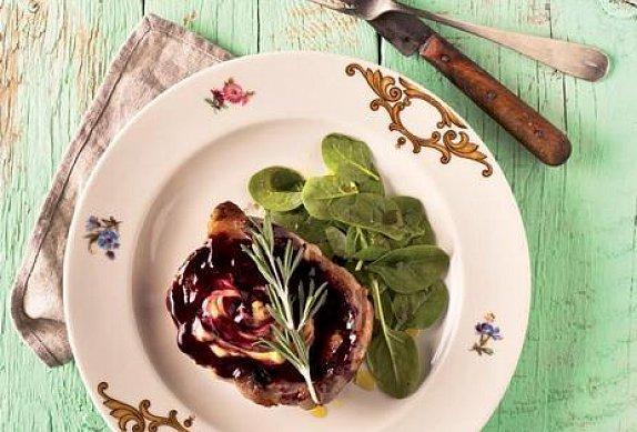 Jehněčí filet s borůvkami