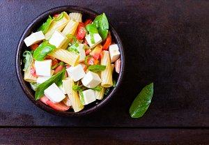 Těstovinový salát s tofu