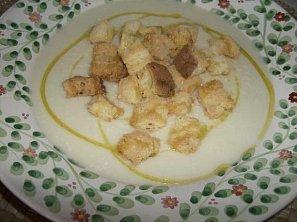 Fenyklová polévka