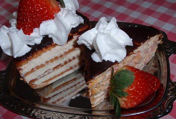 (nejen) Jahodovo-tvarohový dezert z máslových sušenek
