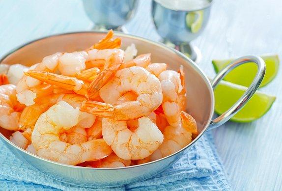 Kořeněné krevety smažené na másle