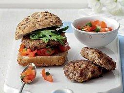 Kapustové hamburgery s rajčatovou salsou