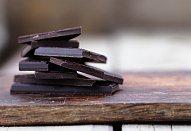 Zdravý kakaový chlebíček z červené řepy