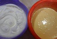 Piškotový korpus - dvoupatrový dort