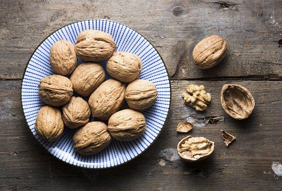 Brambory v krustě s ořechy