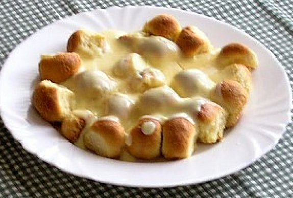 Dukátové buchtičky s vanilkovým krémem