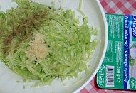 Salát z bylinkového tvarohu